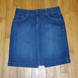 Old navy pencil jean skirt size 8